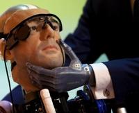 В Лондоне показали первого робота с внутренними органами