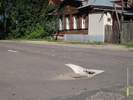 ВТамбове разметили ямы на дорогах