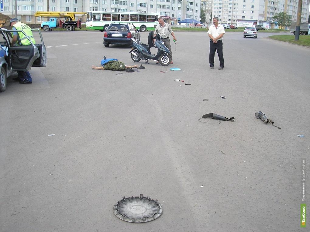 Тамбовские милиционеры ищут водителя, убившего девушку