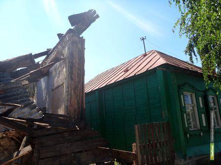 Аварийный дом в Тамбове не поддался сносу и угрожает жизни горожан