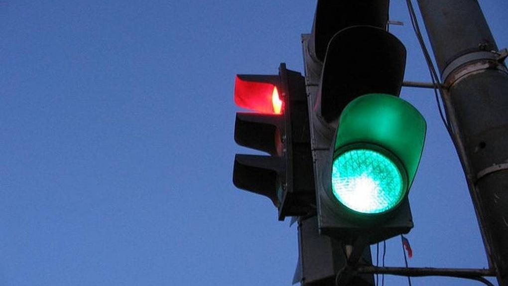Ваши дети почти в безопасности: осталось поставить светофоры возле 16 переходов