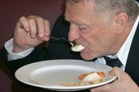 Жириновский будет навязывать членам ЛДПР вегетарианскую кухню