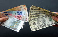 Доллар и евро вновь выросли перед рублем