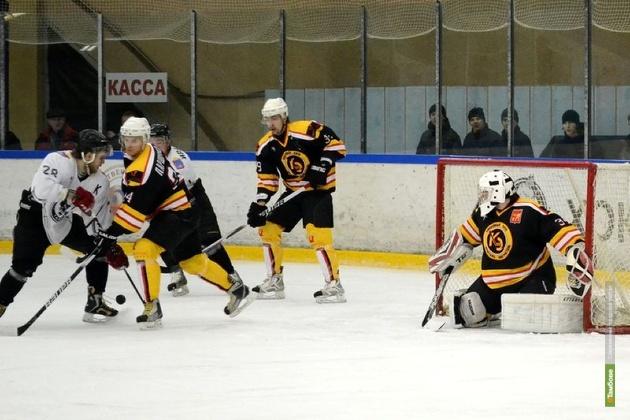 Хоккеисты из Тамбова уступили сопернику в напряженной игре