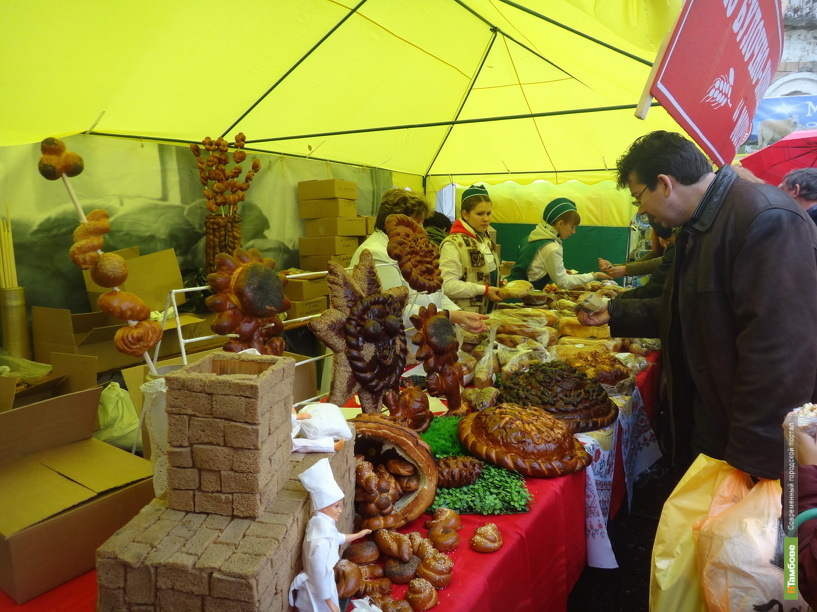 Минимальный набор продуктов на Тамбовщине стоит 2213 рублей