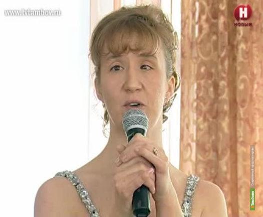 Олег Бетин пообещал квартиру тамбовской спортсменке