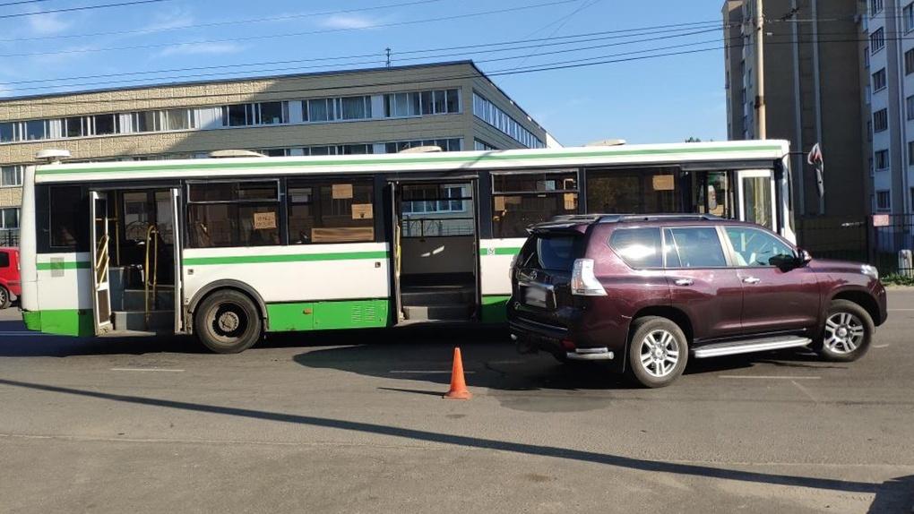 В Тамбове случилось ДТП с участием пассажирского автобуса