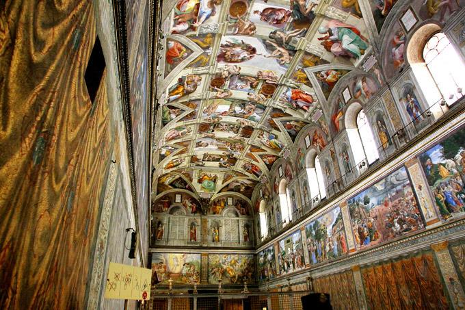 Папа Римский пустит путешественников Porsche в Сикстинскую капеллу за деньги