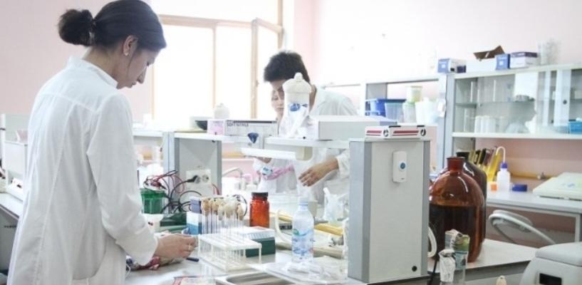 Прорыв в борьбе с болезнью: учёным удалось вылечить животных от ВИЧ
