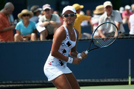 Тамбовская теннисистка проиграла сопернице из Швейцарии