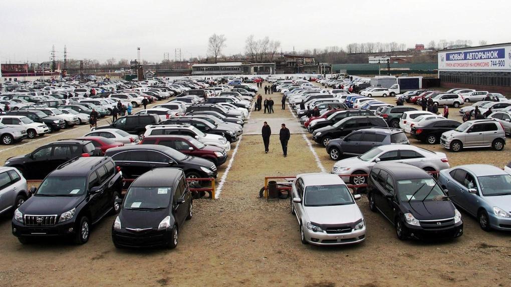 Все хотят автомобиль: россияне потратили на покупку личного транспорта более 4 триллионов рублей