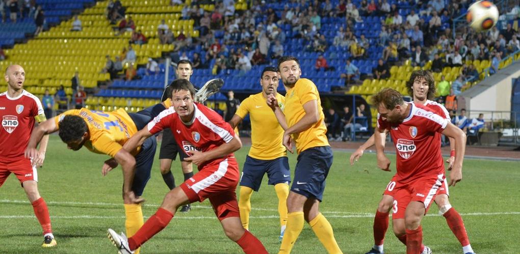 Болельщики не увидели голов в матче ФК «Тамбов» с владивостокской командой