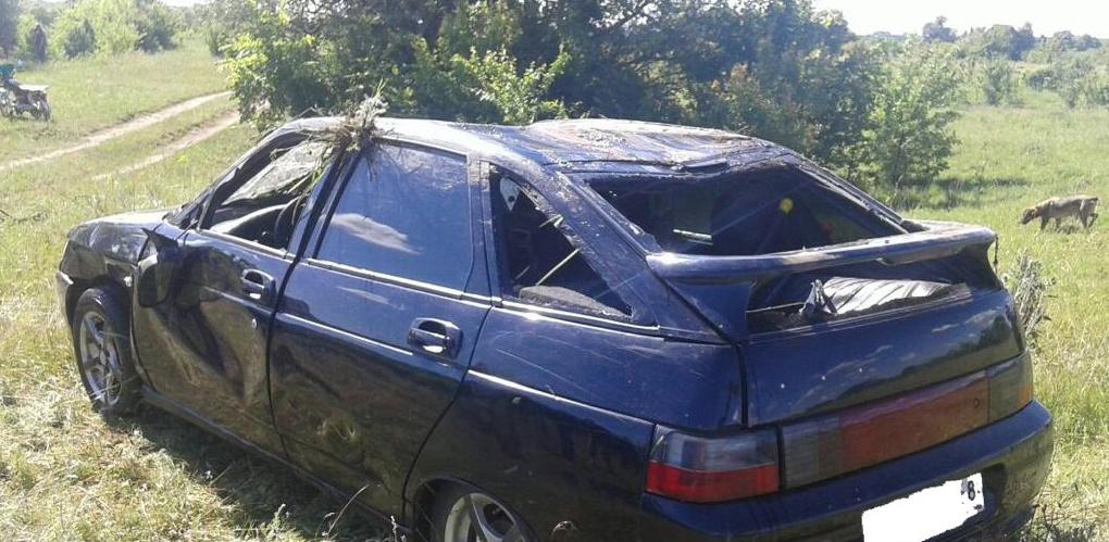 В Мичуринском районе в реке обнаружили машину с двумя трупами