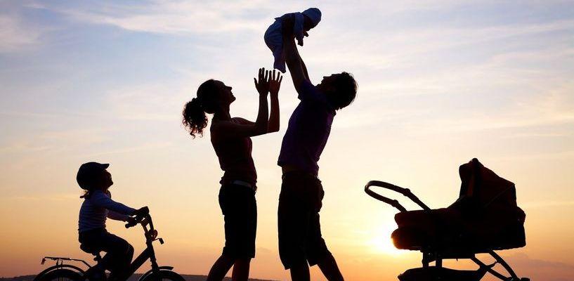 У тамбовчан с двумя детьми после обязательных платежей остается 10 тысяч рублей