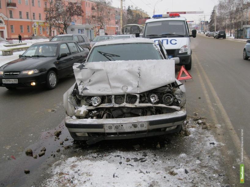 Двое тамбовчан погибли под колёсами авто
