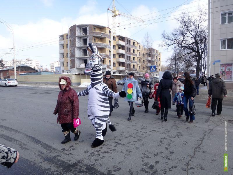На улицы Тамбова выпустили зебру