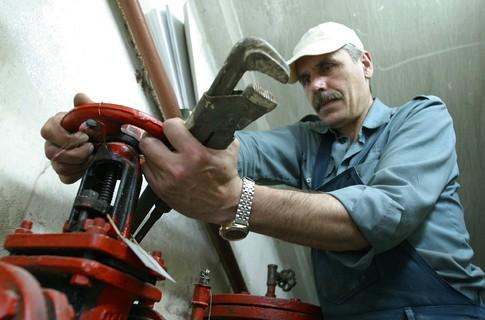 Работникам сферы ЖКХ и транспорта будет помогать региональный профсоюз