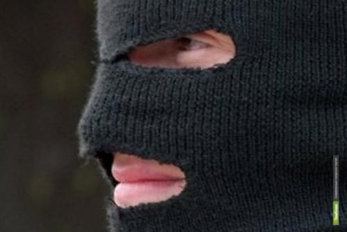 Тамбовские хулиганы прикинулись наркополицейскими