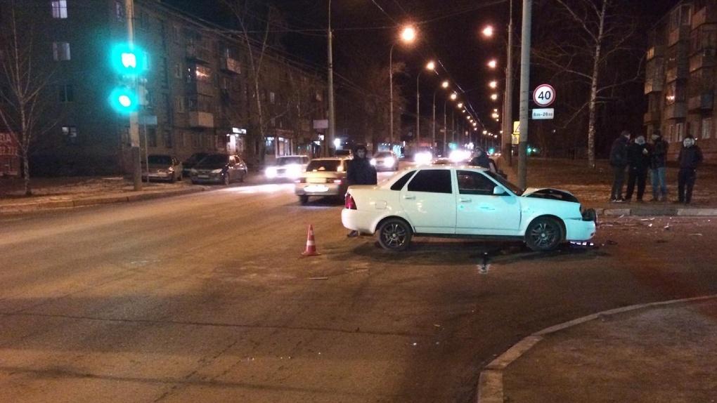 Два отечественных авто не поделили дорогу на севере Тамбова