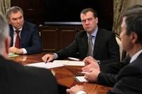 Дмитрий Медведев предложил проводить выборы раз в год