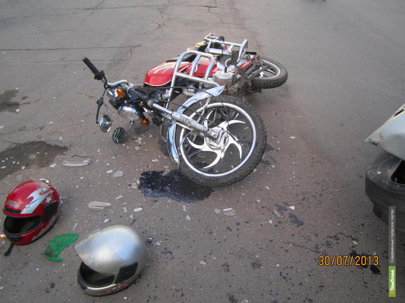 В Рассказово «девятка» сбила двух подростков на скутере