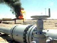 В Калифорнии горит нефтеперерабатывающий завод