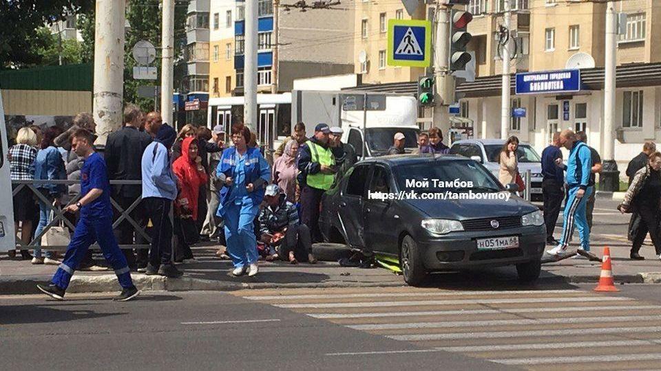 Страшное ДТП на Чичканова: серьезно пострадала женщина-пешеход
