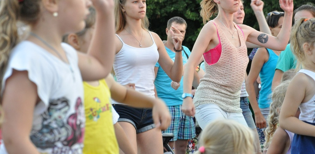 «Уличная латина» в Тамбове собрала более 200 человек