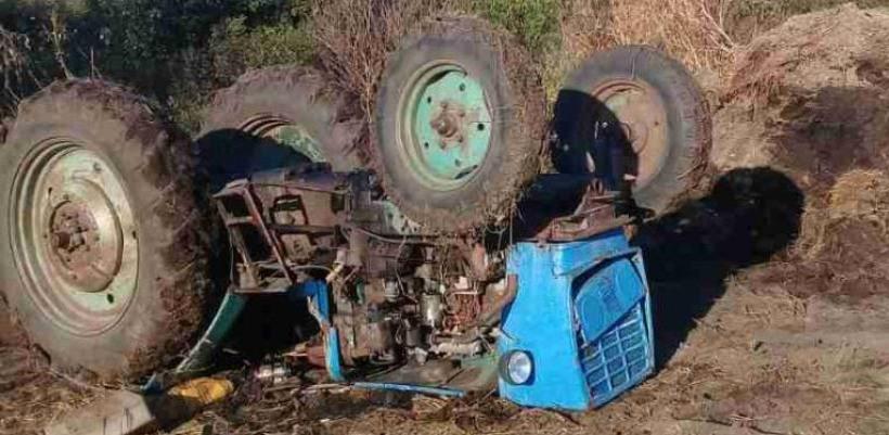 Водитель трактора погиб в ДТП