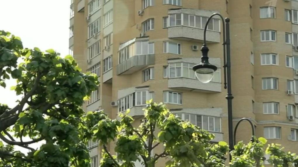 Тамбовский дом образцового содержания показали по Первому каналу