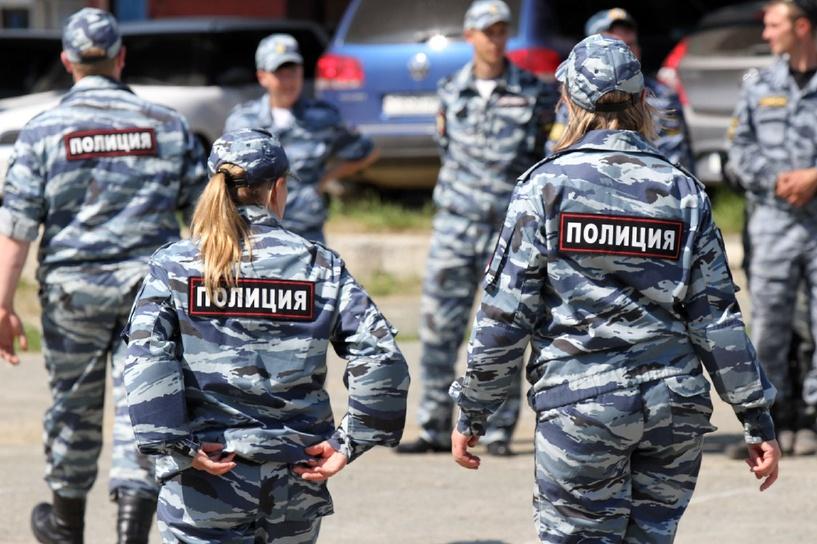 Российских полицейских отправят в Бразилию усмирять наших болельщиков