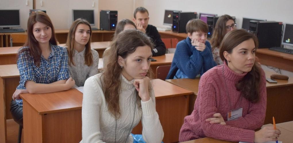 Студенты Тамбовского филиала РАНХиГС приняли участие в межрегиональном форуме «Цифровая реальность прошлого»