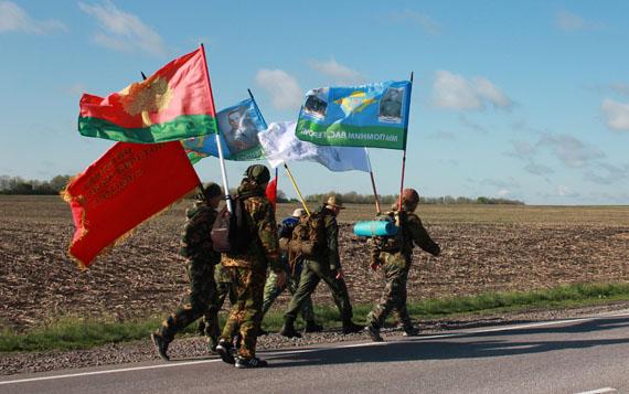 Тамбовские ветераны ВДВ и спецназа завершили многодневный Марш Памяти