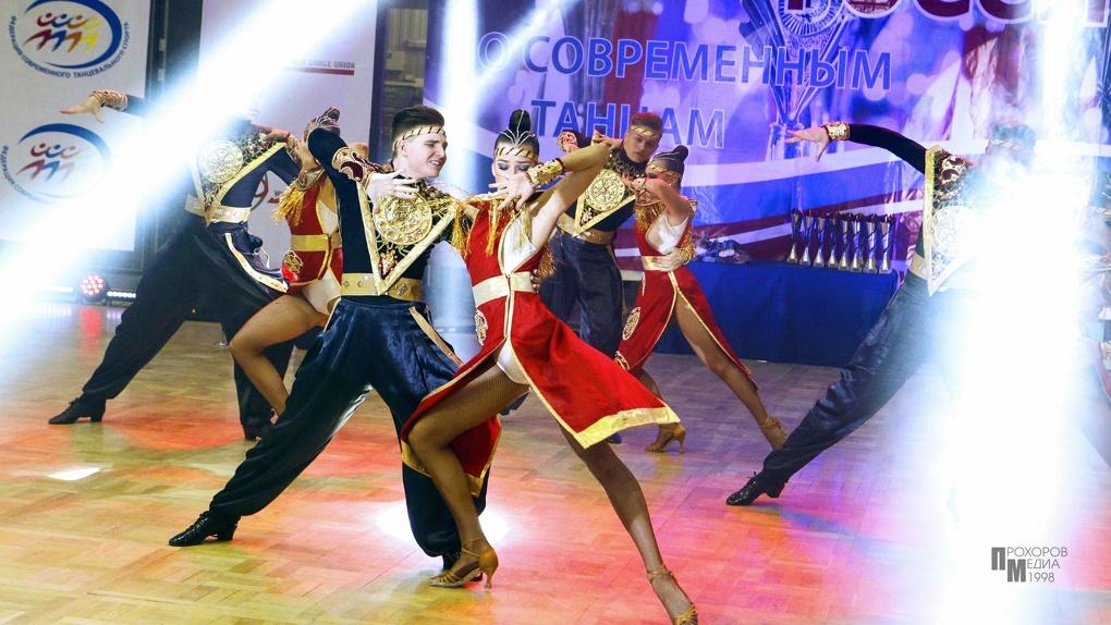 Коллективы ансамбля «Цвета радуги» заняли первые места на Чемпионате России