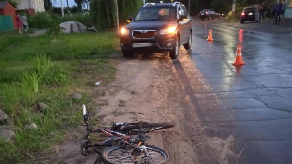 12-летняя девочка попала под колеса авто