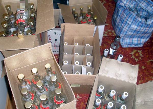 За один день в Тамбове изъяли более 300 литров «палёного» алкоголя