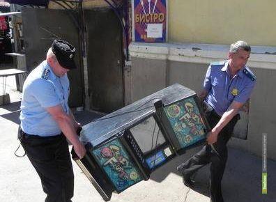 Полицейские Тамбовщины изъяли более 300 игровых автоматов