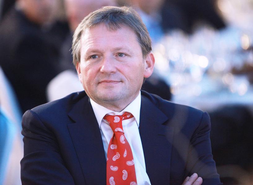 Бизнес-омбудсмен: надо снизить налоги для корпораций и поднять ставку НДФЛ