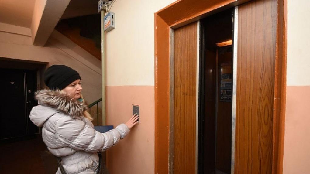 Быстро и комфортно: в тамбовских многоэтажках заменят на 30 лифтов больше, чем в прошлом году