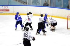 Тамбовские хоккеисты проиграли смоленскому клубу