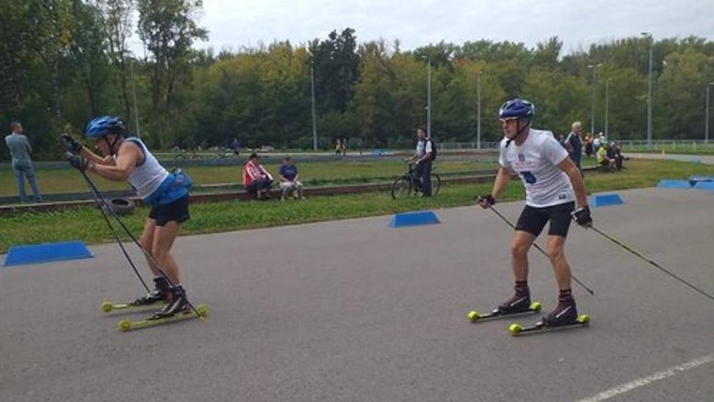 На лыжном стадионе в парке «Дружба» прошли соревнования по лыжероллерам