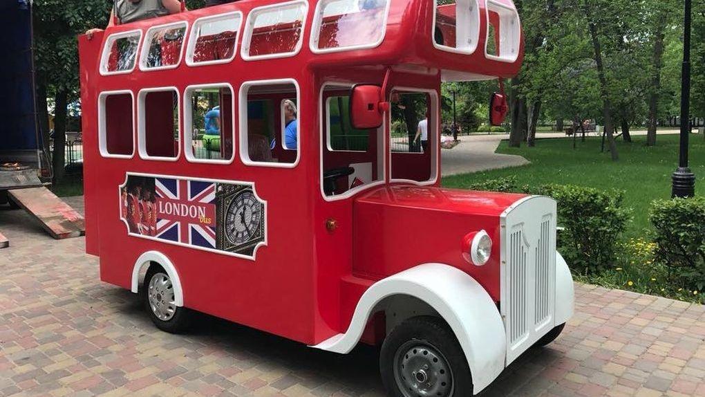 Поехали! В Тамбове появился лондонский двухъярусный автобус