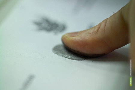 Тамбовские полицейские вычислили воров по отпечаткам пальцев