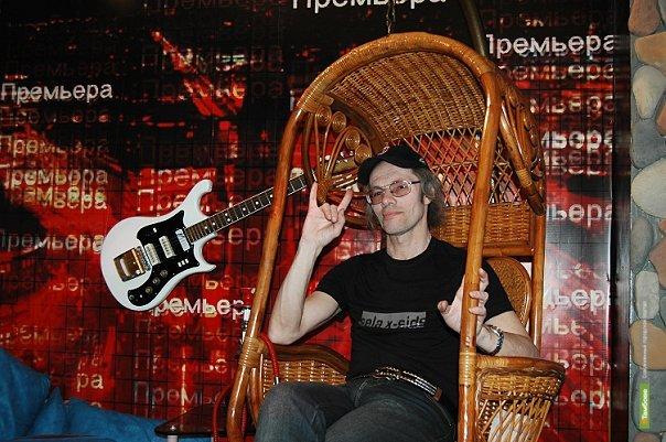 Тамбовский журналист-рокер получил профессиональную награду