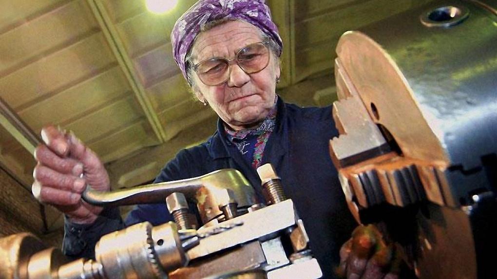 Минтруд займется трудоустройством граждан России предпенсионного возраста