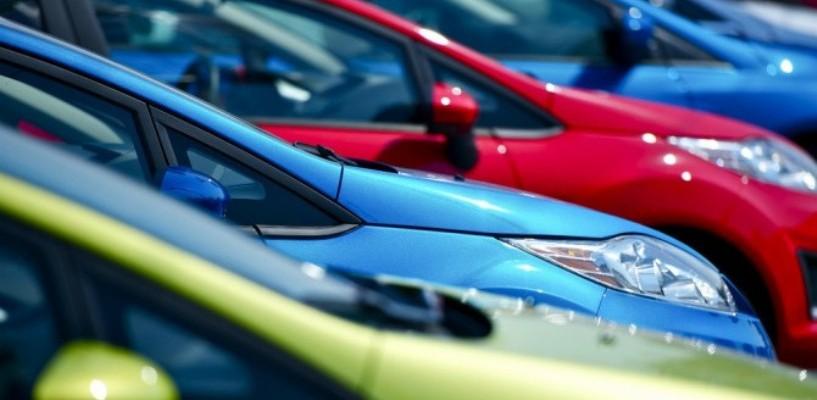 Продажи легковых автомобилей в России увеличились на 17 процентов