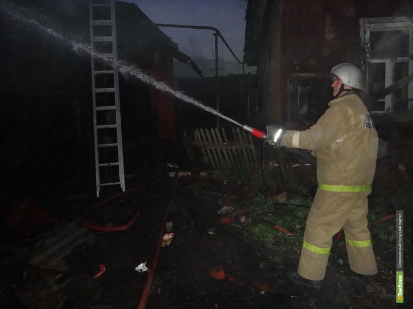 В Знаменском районе на пожаре погиб пенсионер