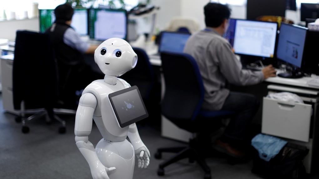 Каждого второго работника в России заменит робот: стало известно, какие профессии под угрозой