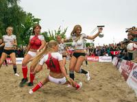 Дания обыграла Германию в порно-Евро-2012