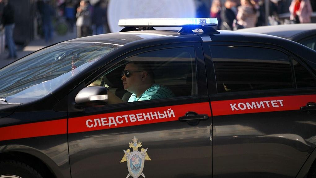 Сотрудник свиноводческого комплекса в Знаменском районе умер прямо на работе